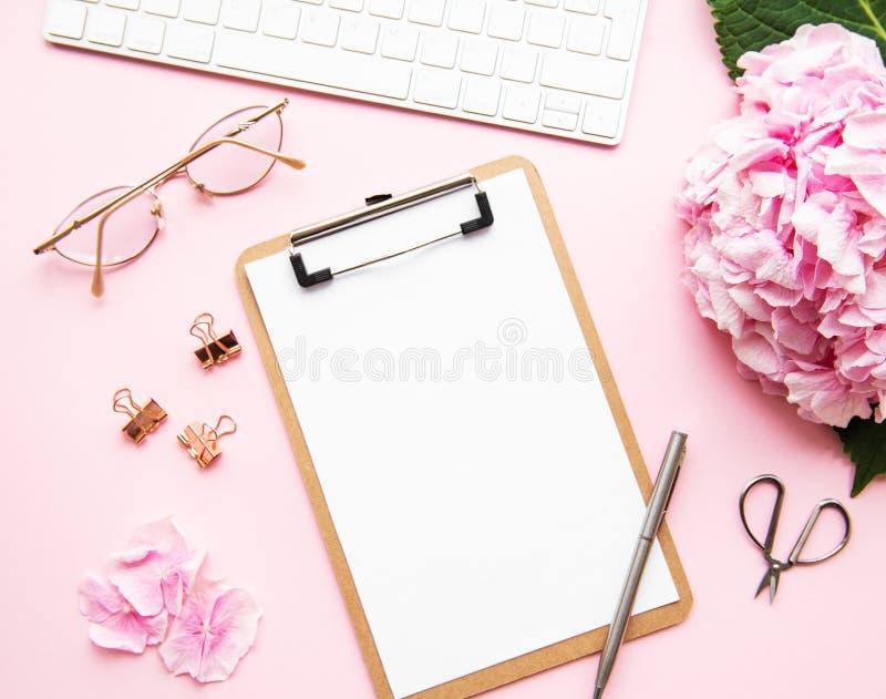 Home feminine desk foto de stock royalty free