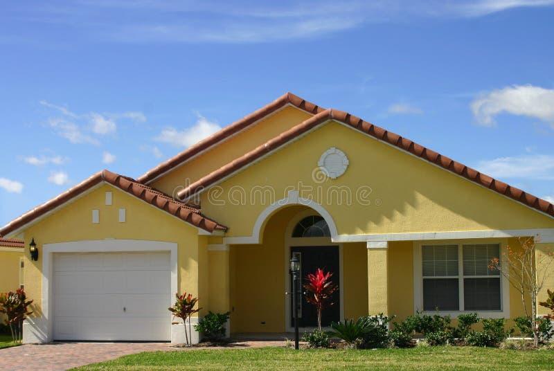 HOME ideal amarela imagem de stock royalty free