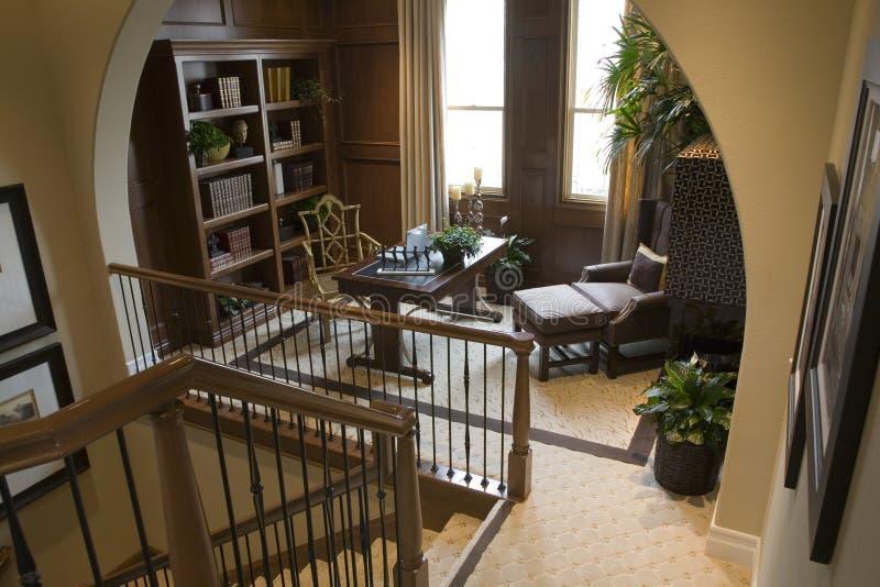 home lyxigt kontor för hall royaltyfria foton