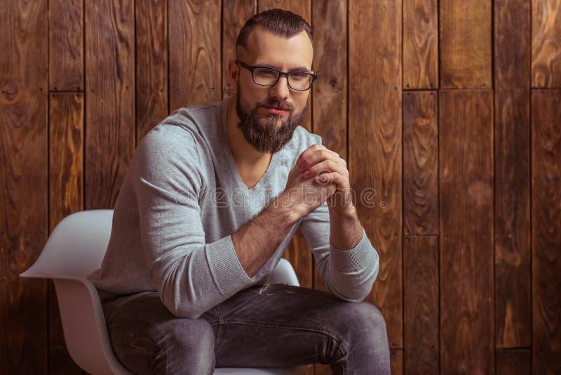 Homem à moda com barba imagens de stock royalty free