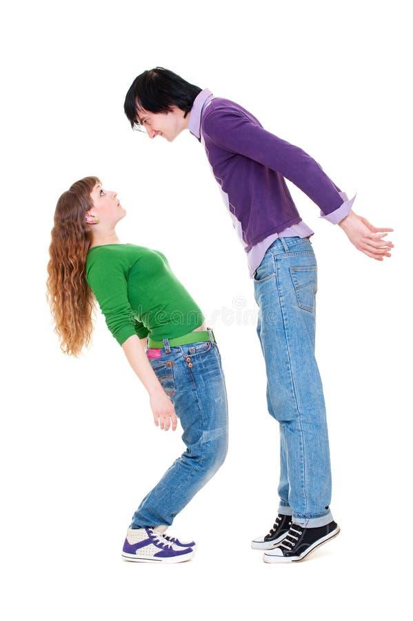 Homem alto e mulher curta fotografia de stock