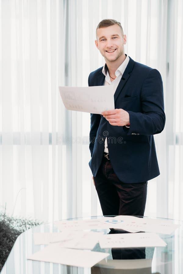 Homem bem sucedido do trabalho da profissão do CEO da empresa do gerente fotografia de stock