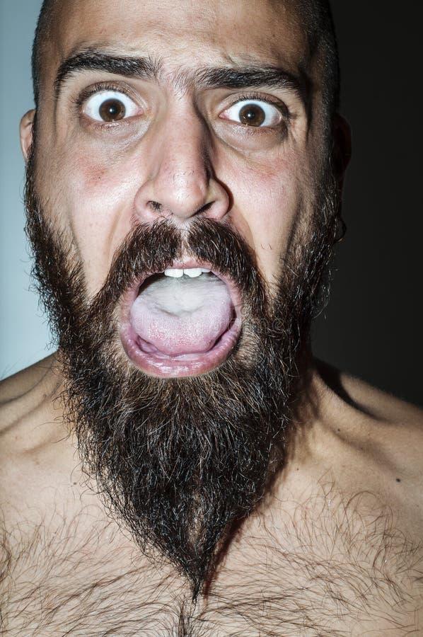Download Homem Com A Barba Com Expressões Frightening Imagem de Stock - Imagem de medo, louco: 26513891