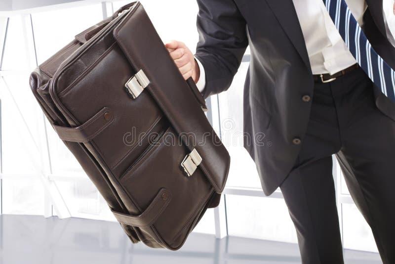 Homem com carteira imagens de stock royalty free