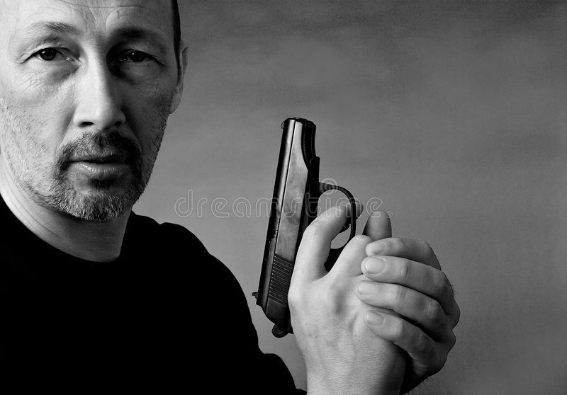 Homem com injetor fotografia de stock