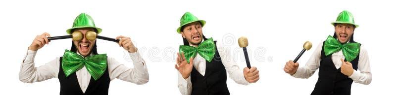 Homem com laço verde grande no conceito engraçado foto de stock royalty free