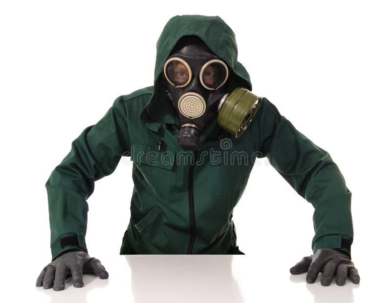 Homem com máscara de gás imagem de stock