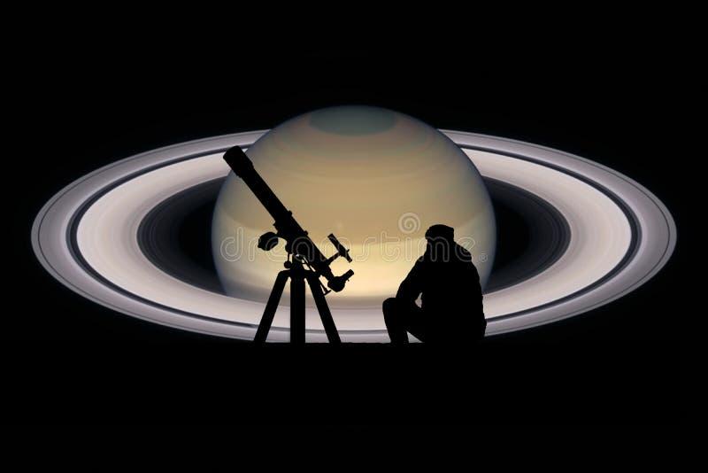 Homem com o telescópio que olha as estrelas Planeta de Saturn ilustração royalty free