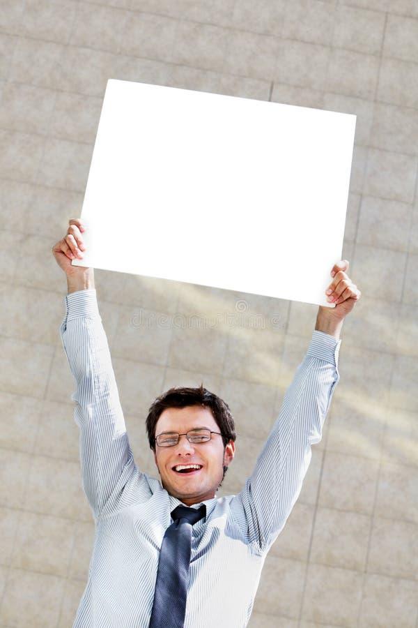 Homem com papel fotografia de stock royalty free