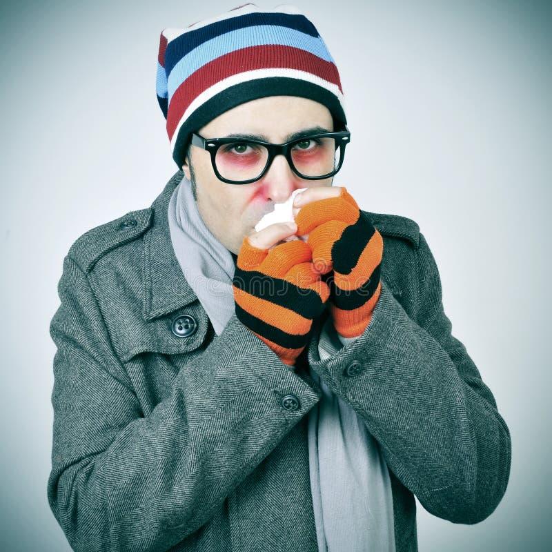 Homem com um frio imagens de stock