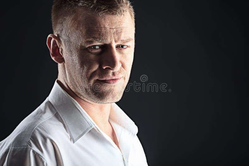 Homem considerável fotografia de stock royalty free