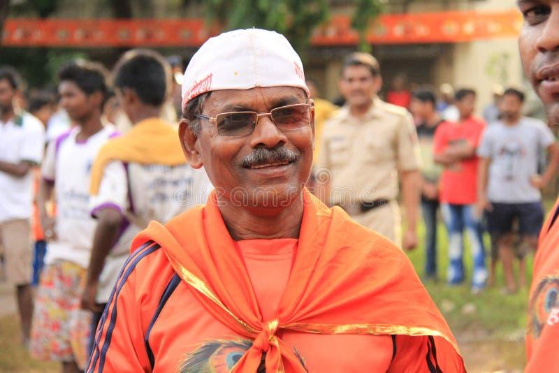 Homem da associação de trabalhadores que participa em uma reunião política na Índia fotos de stock