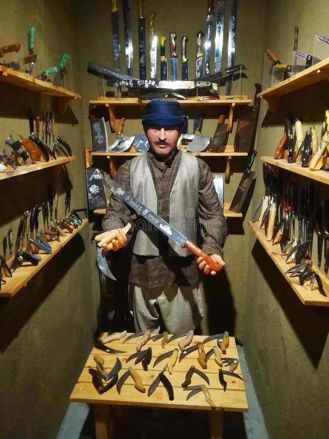 Homem da faca imagem de stock royalty free