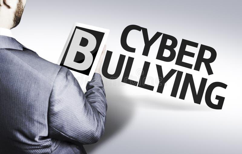 Homem de negócio com o Cyber do texto que tiraniza em uma imagem do conceito imagens de stock royalty free