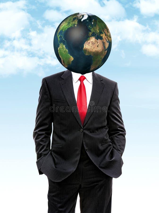 Homem de negócio com terra do planeta em vez da cabeça ilustração do vetor