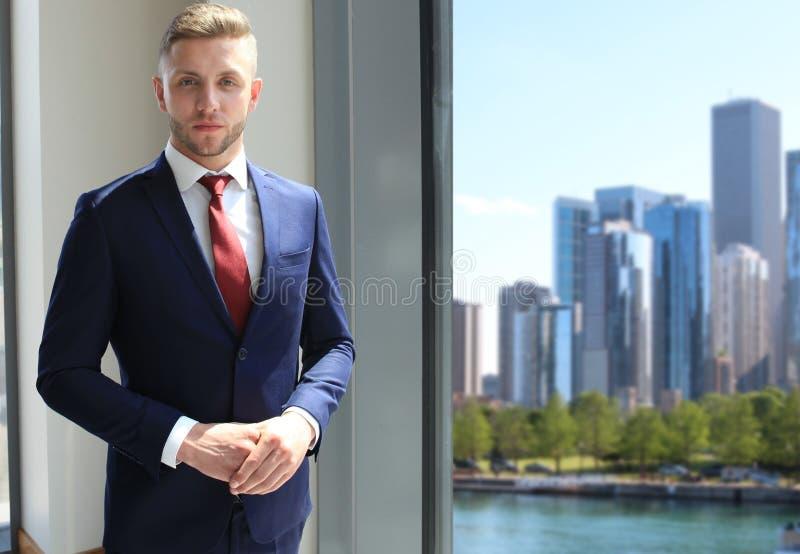 Homem de negócio considerável foto de stock