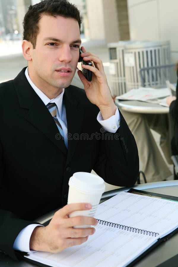 Homem de negócio considerável no escritório fotografia de stock royalty free