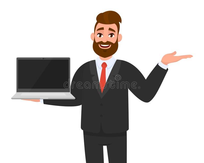 Homem de negócio feliz no terno do vestuário formal que guarda ou que mostra a tela vazia de um laptop e que aponta, apresentando ilustração stock