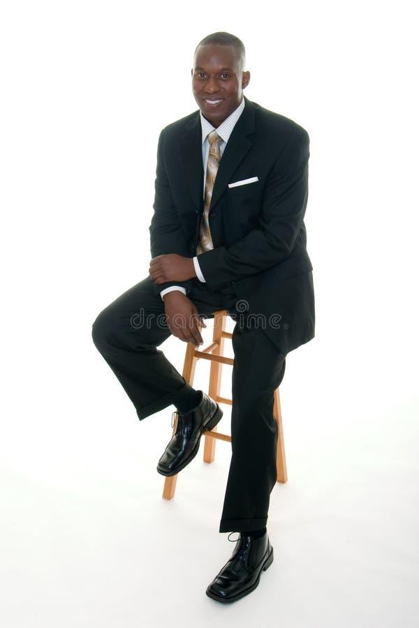 Homem de negócio ocasional no terno preto imagens de stock