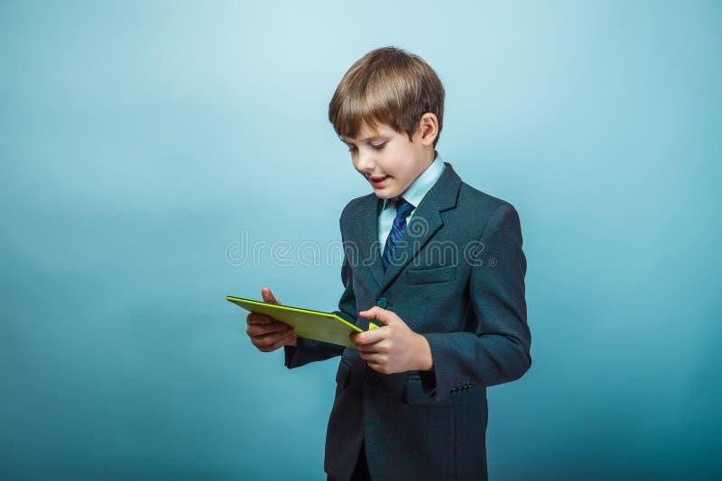 Homem de negócios adolescente do menino fotografia de stock royalty free