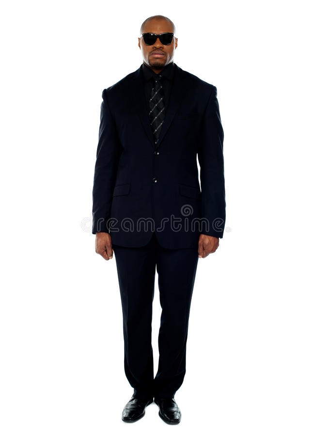 Homem de negócios africano considerável. Retrato completo fotos de stock