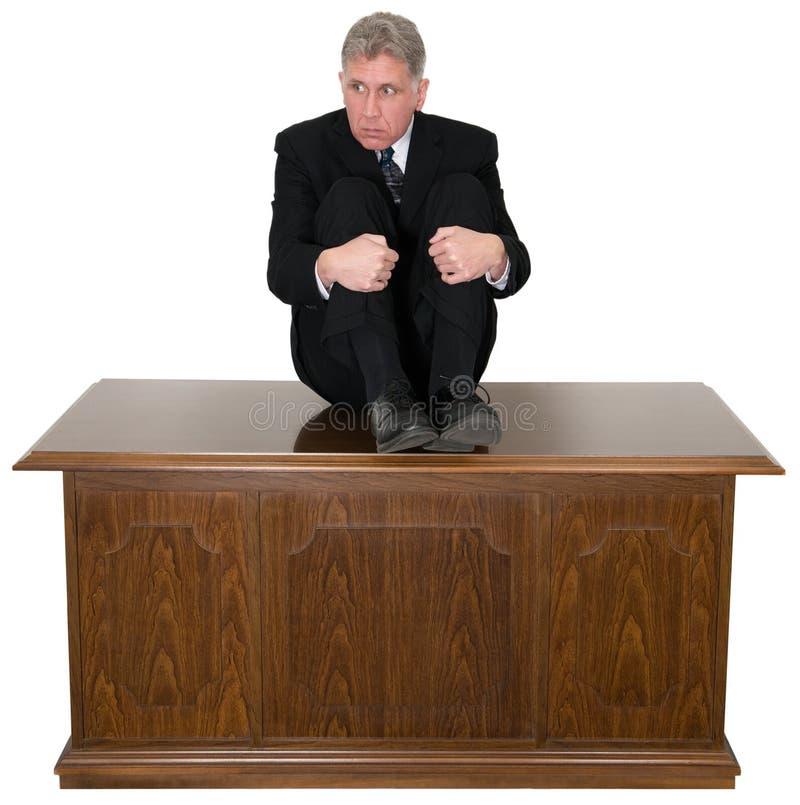 Homem de negócios assustado engraçado Office Desk foto de stock royalty free