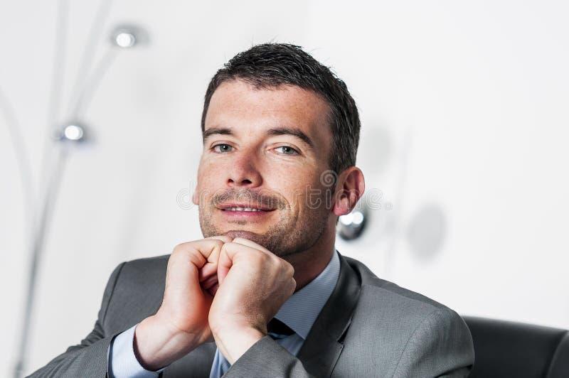 Homem de negócios atrativo foto de stock