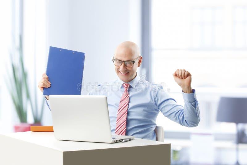 Homem de negócios bem sucedido fotos de stock royalty free