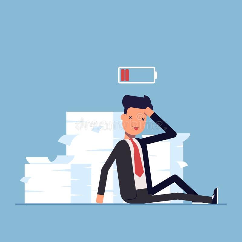 Homem de negócios cansado ou gerente que sentam-se perto da pilha dos originais deadline Nenhuma energia a trabalhar Bateria desc ilustração stock