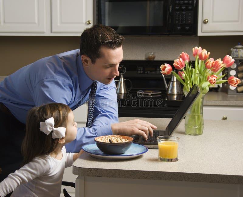 Homem de negócios com filha. imagem de stock royalty free