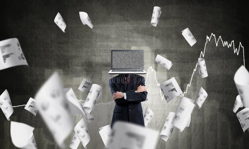 Homem de negócios com o portátil em vez da cabeça imagem de stock royalty free