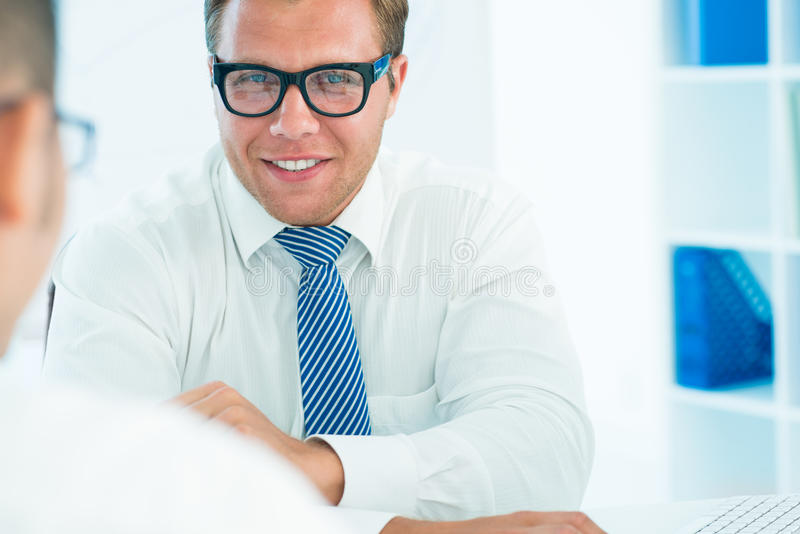 Homem de negócios considerável imagem de stock royalty free