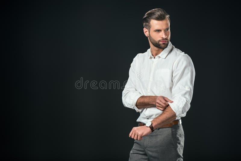 homem de negócios considerável na camisa branca, fotos de stock