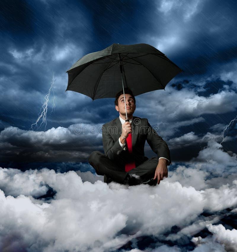 Homem de negócios e a tempestade foto de stock royalty free