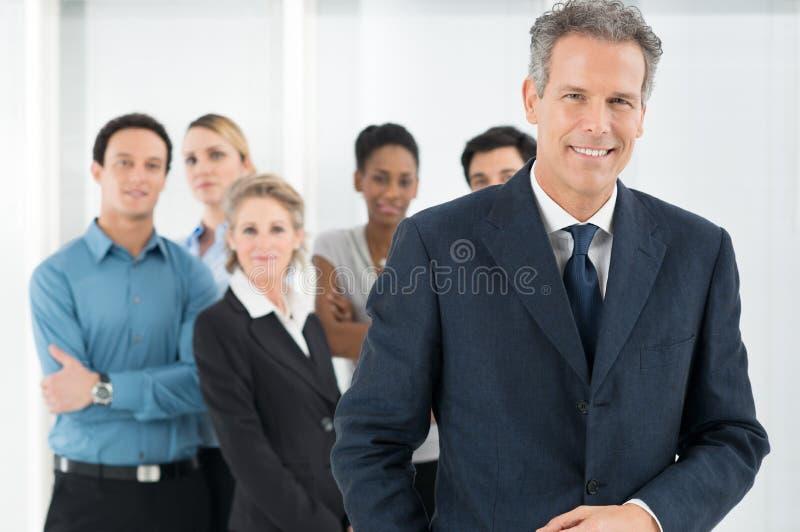 Homem de negócios maduro feliz imagem de stock royalty free
