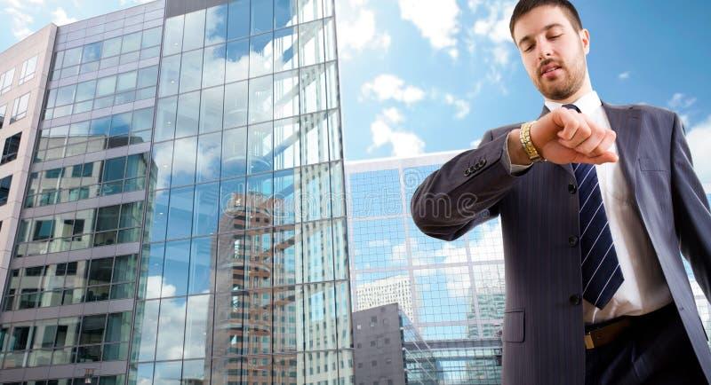 Homem de negócios moderno foto de stock royalty free