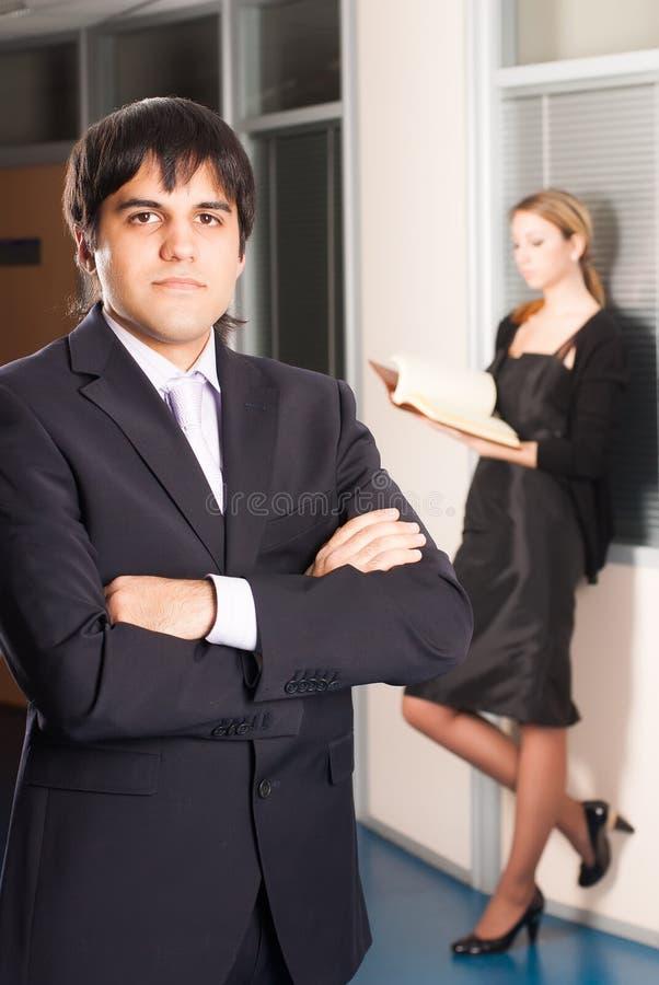 Homem de negócios no escritório fotografia de stock