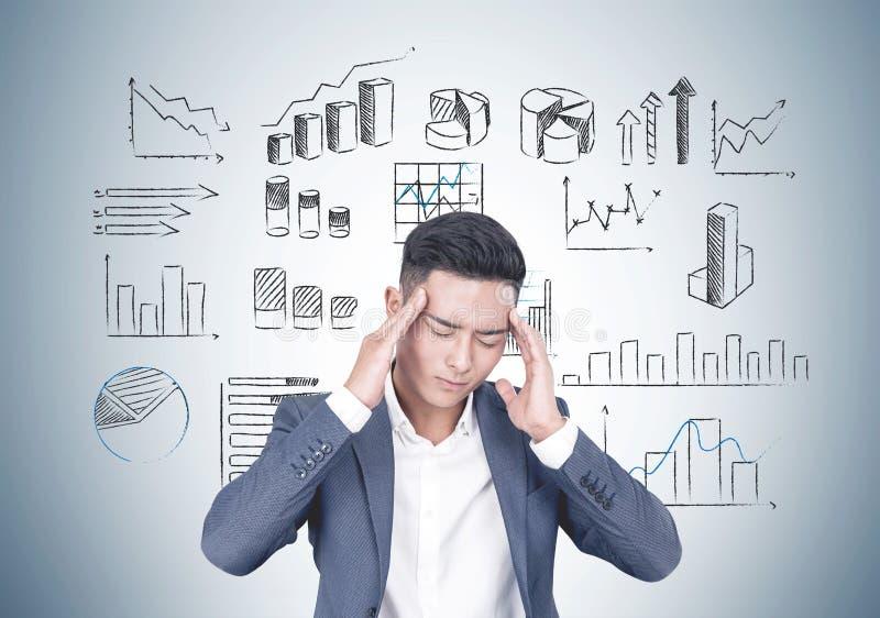 Homem de negócios novo seguro, plano de negócios foto de stock royalty free
