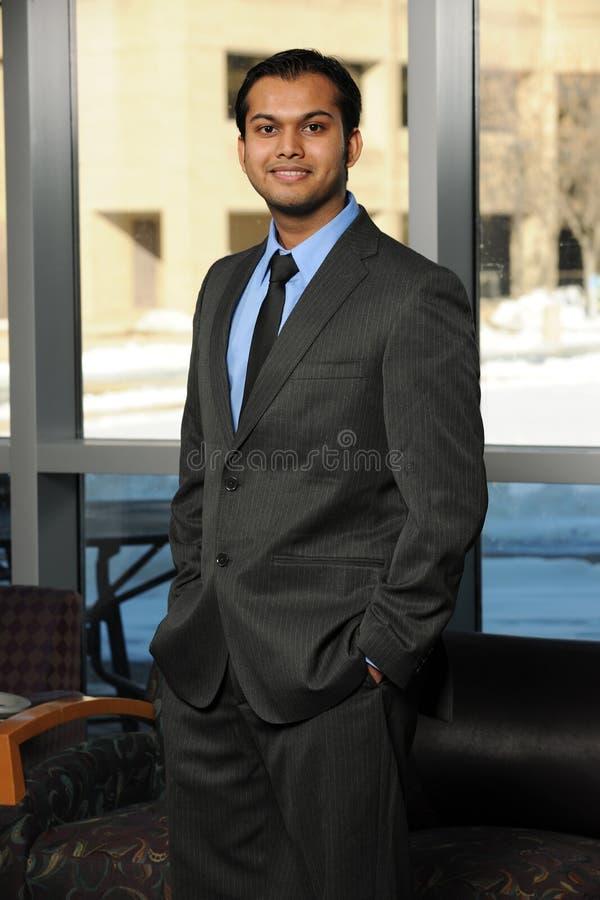 Homem de negócios oriental novo fotos de stock royalty free