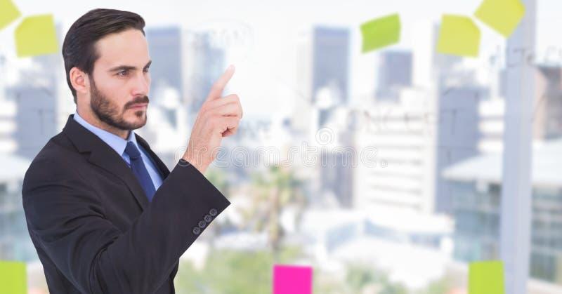Homem de negócios que interage com o ar imagem de stock