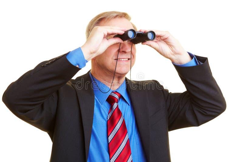 Homem de negócios que olha completamente fotografia de stock royalty free