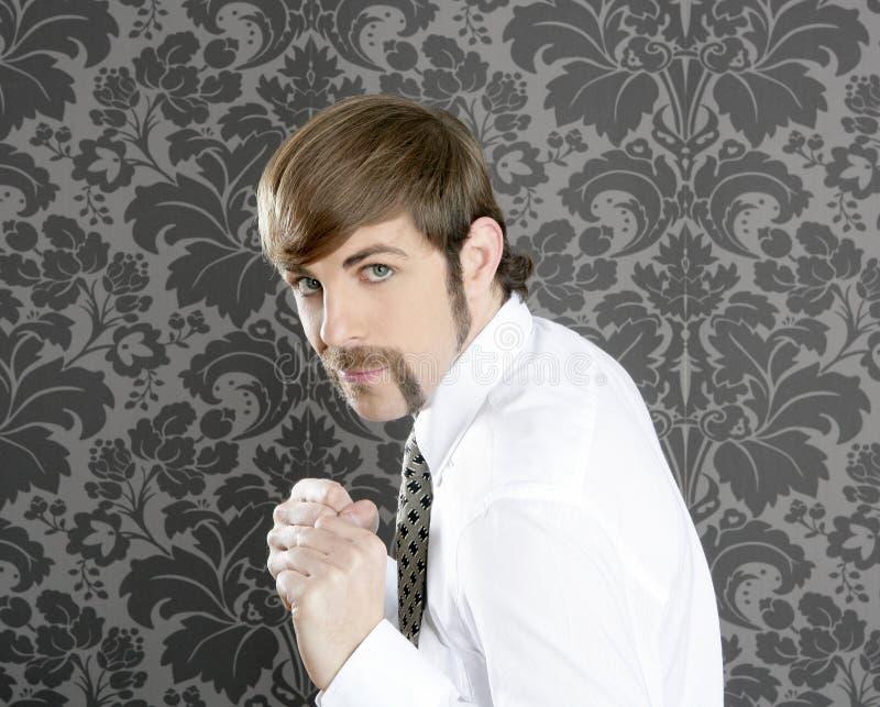 Homem de negócios retro engraçado agressivo do bigode fotos de stock