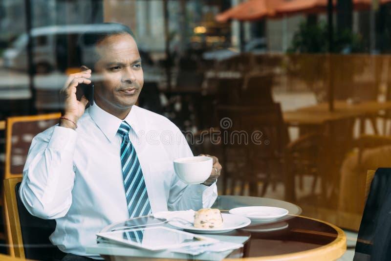 Homem de negócios sério imagens de stock royalty free
