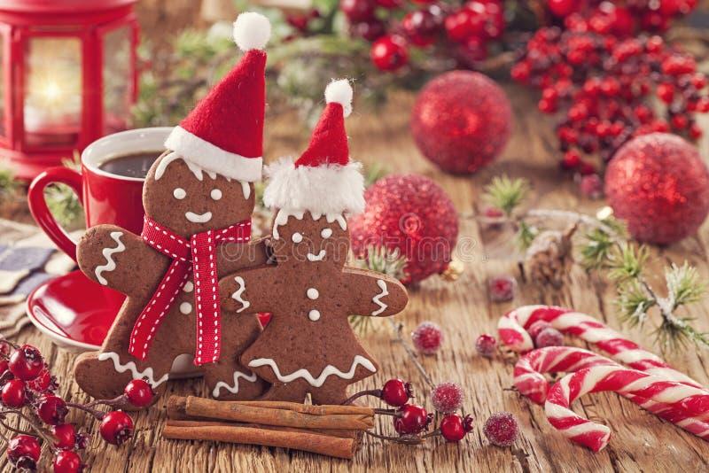 Homem de pão-de-espécie do Natal fotografia de stock