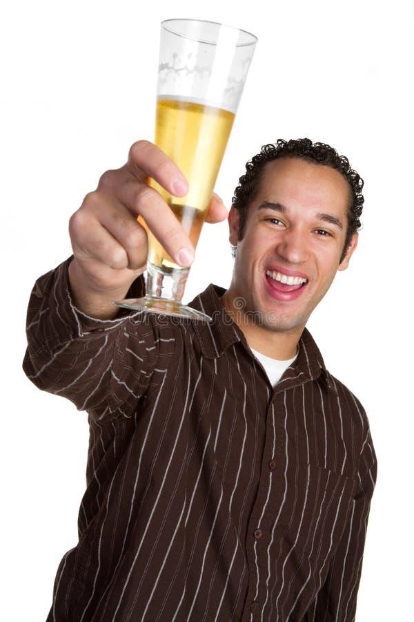 Homem de riso da cerveja foto de stock royalty free