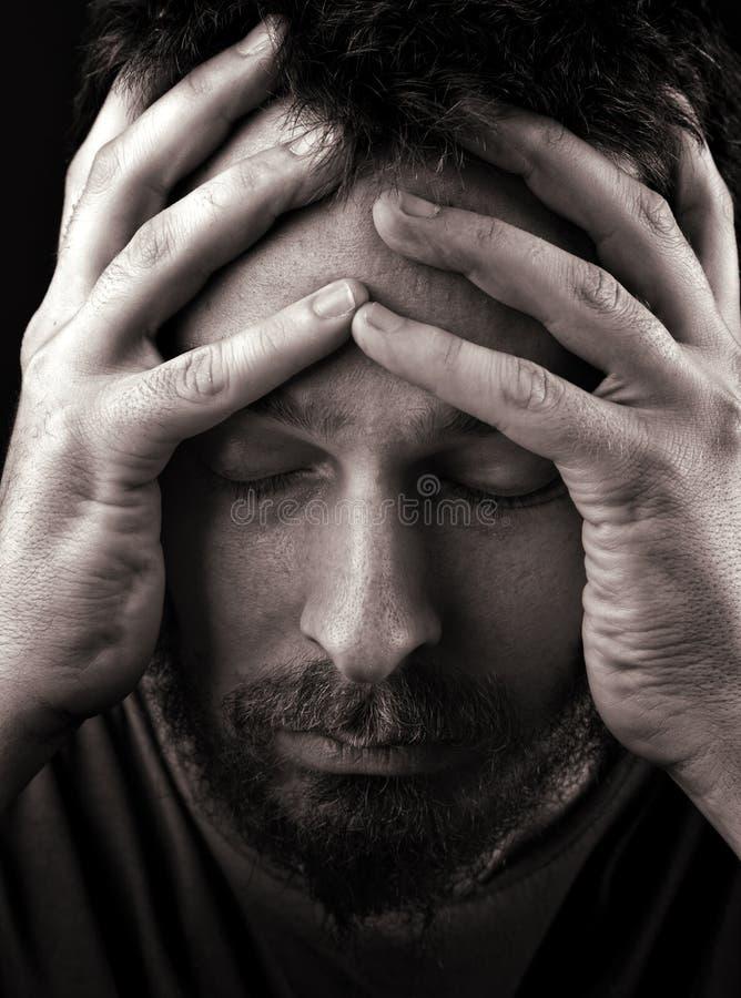 Homem deprimido e só triste foto de stock royalty free