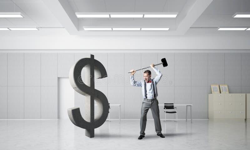 Homem determinado do banqueiro na figura de quebra interior do dólar do escritório moderno foto de stock royalty free