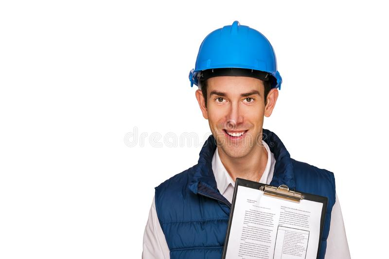 Homem do arquiteto, capacete azul, isolado sobre o fundo branco imagens de stock royalty free