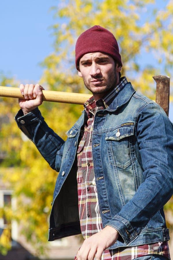 Homem do machado foto de stock royalty free