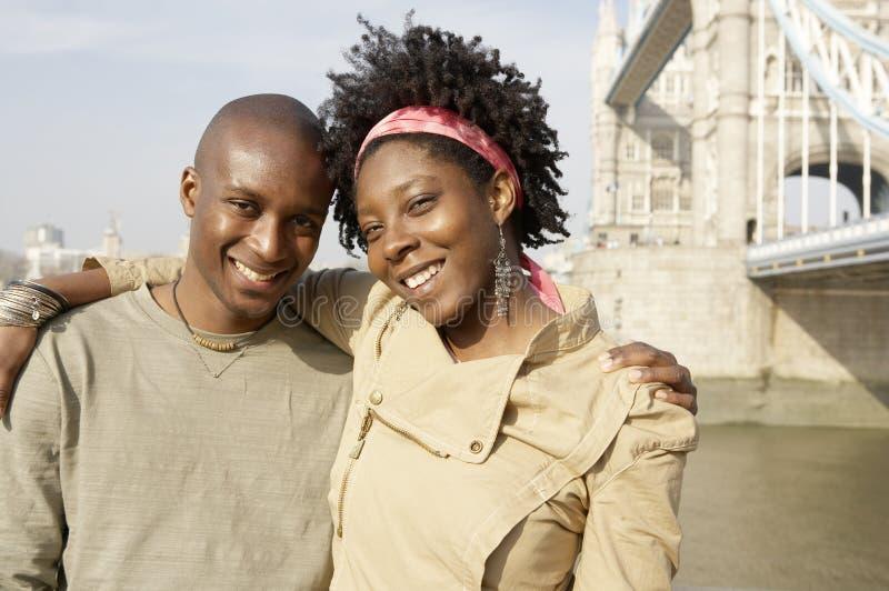 Homem do turista no retrato de Londres. fotos de stock royalty free